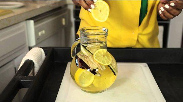 Água milagrosa com berinjela e limão ajudam a perder peso.